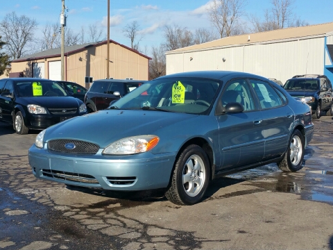 2006 Ford Taurus for sale in Lapeer, MI