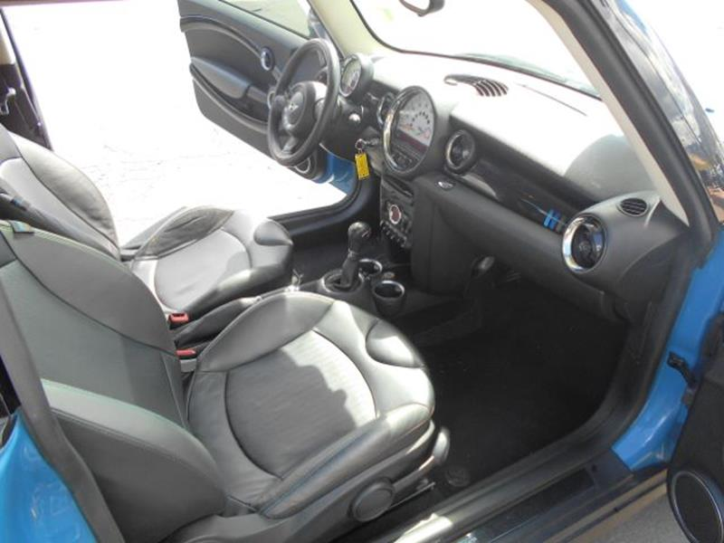 2012 MINI Cooper Hardtop S 2dr Hatchback - Colorado Springs CO
