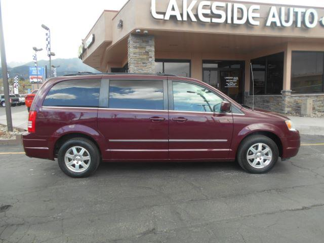 2009 chrysler town and country touring mini van 4dr in colorado springs co lakeside auto brokers. Black Bedroom Furniture Sets. Home Design Ideas