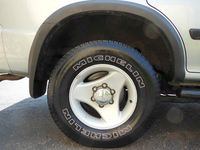 2000 Mitsubishi Montero Sport LS 4WD - Bridgeport CT