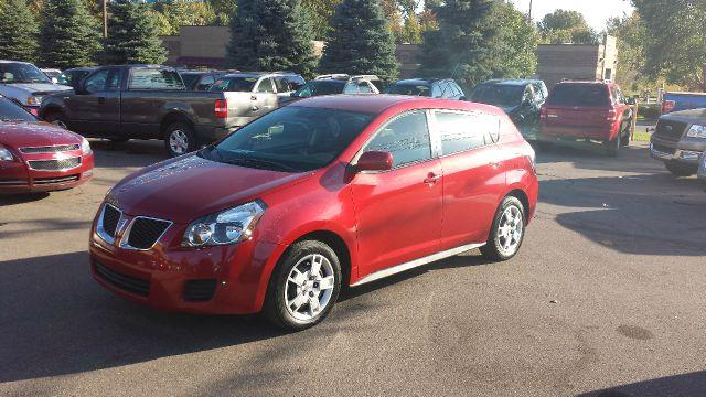 2010 Pontiac Vibe for sale in Brownstown MI