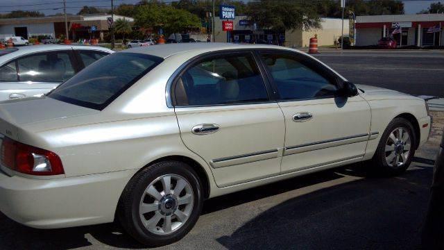 2004 Kia Optima  - Cocoa FL