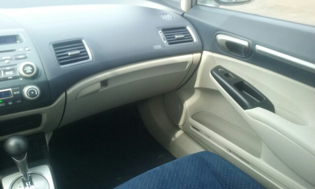 2006 Honda Civic Hybrid 4dr Sedan - Cuyahoga Falls OH