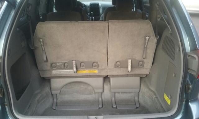 2006 Toyota Sienna LE 7-Passenger 4dr Mini-Van - Cuyahoga Falls OH