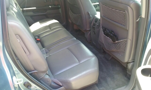 2005 Honda Pilot 4dr EX-L 4WD SUV w/Leather and Entertainment System - Cuyahoga Falls OH