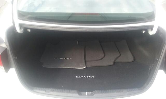 2013 Hyundai Elantra Limited 4dr Sedan - Cuyahoga Falls OH