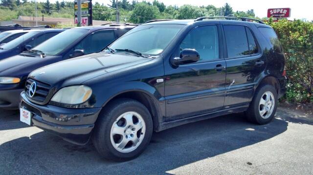 2000 Mercedes-Benz M-Class