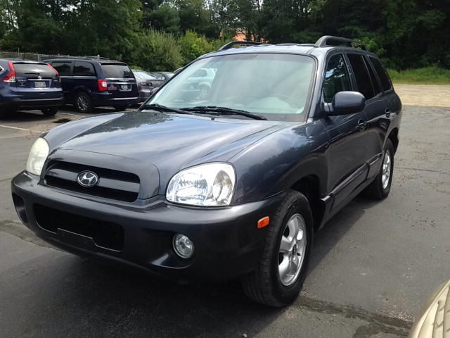 2005 hyundai santa fe gls awd 4dr suv in coventry ri auto village. Black Bedroom Furniture Sets. Home Design Ideas