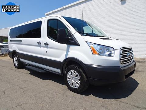 15 Passenger Vans For Sale >> 15 Seater Van For Sale 2020 Upcoming Car Release