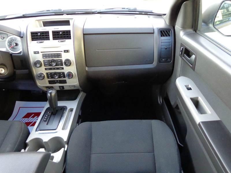 2009 Ford Escape AWD XLT 4dr SUV V6 - Somerville MA