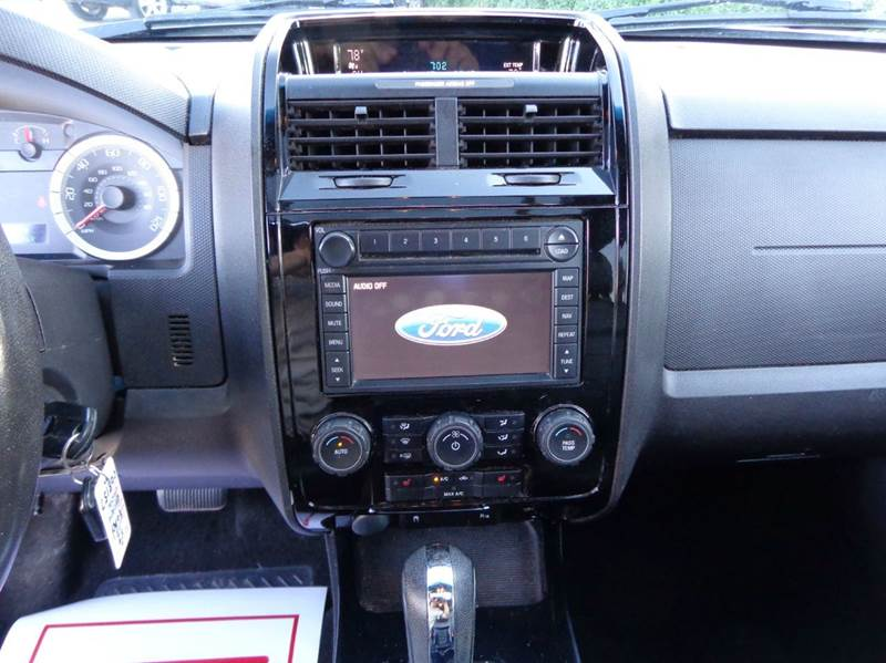 2008 Ford Escape Limited AWD 4dr SUV - Somerville MA