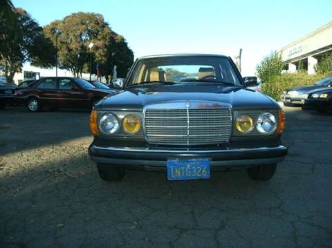 Mercedes benz 300 class for sale for Low cost mercedes benz