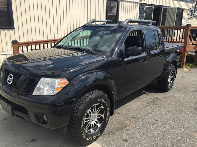 2009 nissan frontier 4x4 pro 4x crew cab short bed 4dr 5a in newton nc swanny 39 s auto sales. Black Bedroom Furniture Sets. Home Design Ideas
