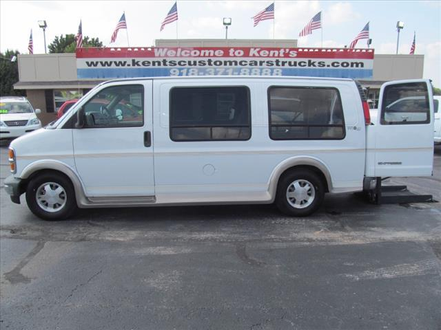 1999 Chevrolet Express for sale in Collinsville OK