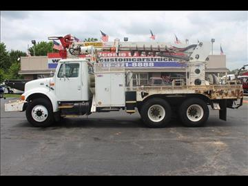 2000 International 4900 for sale in Collinsville, OK