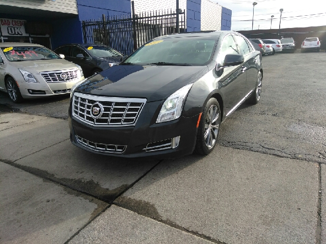 2013 Cadillac Xts Luxury Collection 4dr Sedan In Detroit Mi Legacy Motors