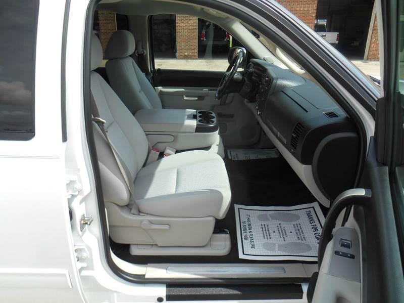 2011 Chevrolet Silverado 1500 LT - Benson NC