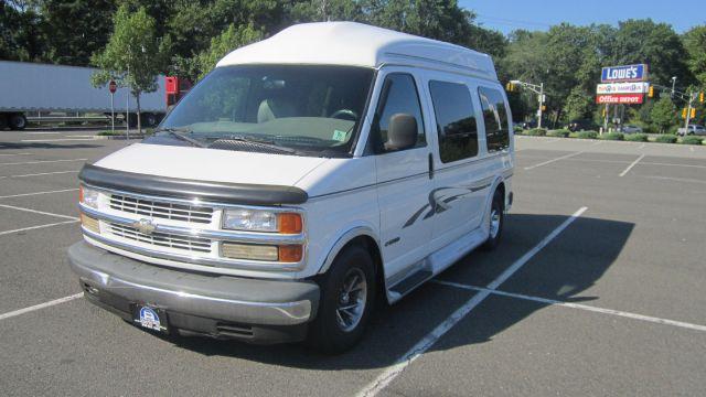 2000 Chevrolet Express