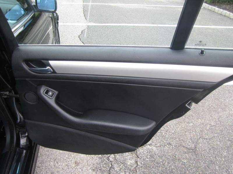 2003 BMW 3 Series AWD 330xi 4dr Sedan - Union NJ