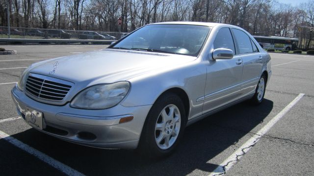 2001 Mercedes-Benz S-Class