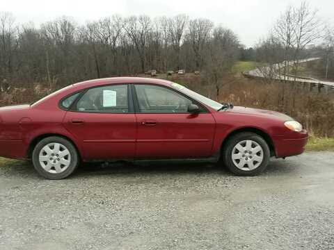 2002 Ford Taurus for sale in Woodsfield, OH