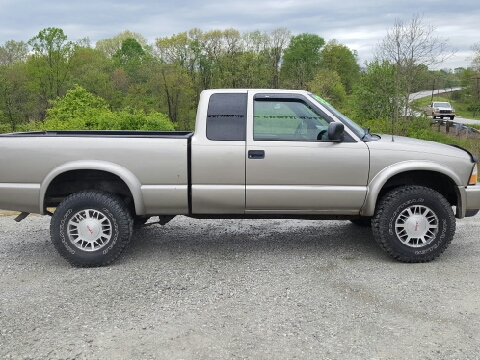 2000 GMC Sonoma for sale in Woodsfield, OH