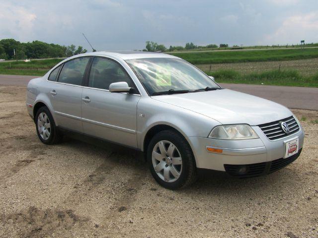 2003 Volkswagen Passat for sale in Estherville IA
