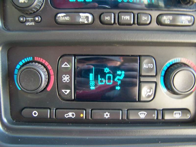 2005 Chevrolet Tahoe LT 4WD 4dr SUV - Estherville IA