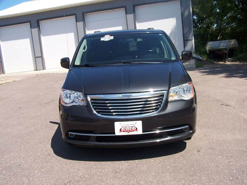 2011 Chrysler Town and Country Touring 4dr Mini-Van - Estherville IA