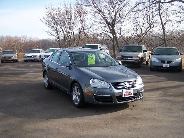 2008 Volkswagen Jetta for sale in Estherville IA