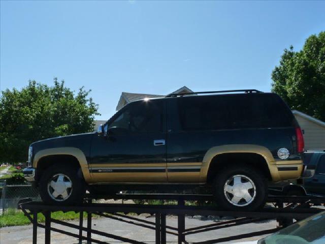 1996 chevrolet tahoe for 11th street motors beaumont tx