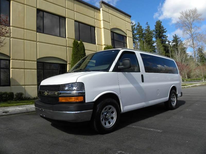 2009 Chevrolet Express Passenger Ls 1500 Awd 3dr Passenger