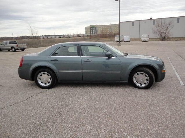2006 Chrysler 300 for sale in Houston TX