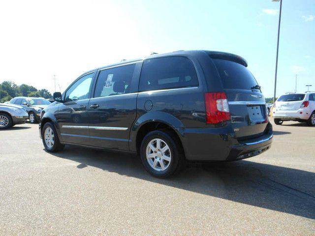 2010 Chrysler Town and Country for sale in Houston TX