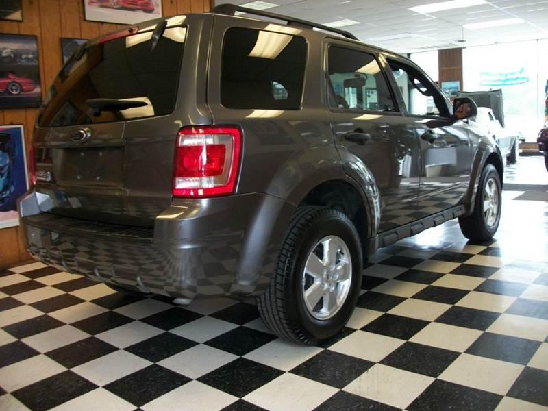 2009 Ford Escape XLT 4dr SUV V6 - Farmington MI
