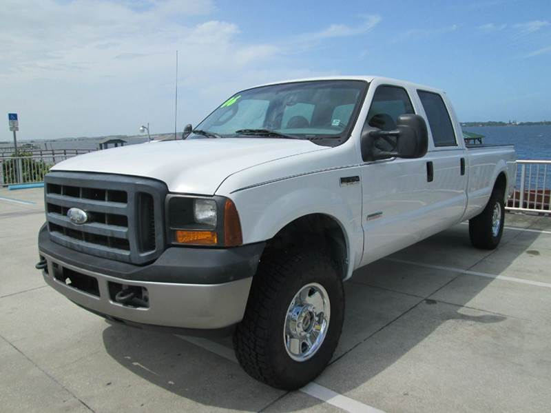 2006 Ford F-250 Super Duty XL 4dr Crew Cab 4WD LB - Melbourne FL