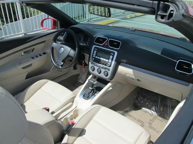 2008 Volkswagen Eos Komfort 2dr Convertible 6A - Melbourne FL