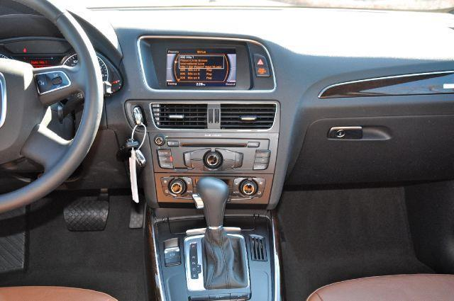 2011 Audi Q5 AWD 3.2 quattro Premium Plus 4dr SUV - Chantilly, Va VA