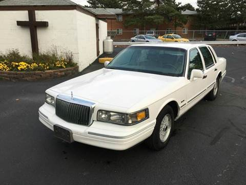 1997 Lincoln Town Car for sale in Bowling Green, OH