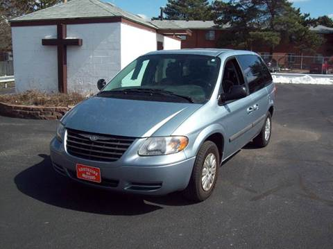 2006 Chrysler Town and Country for sale in Bowling Green, OH