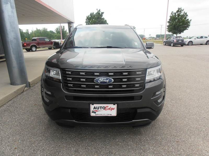 2017 Ford Explorer AWD XLT 4dr SUV - Mason City IA