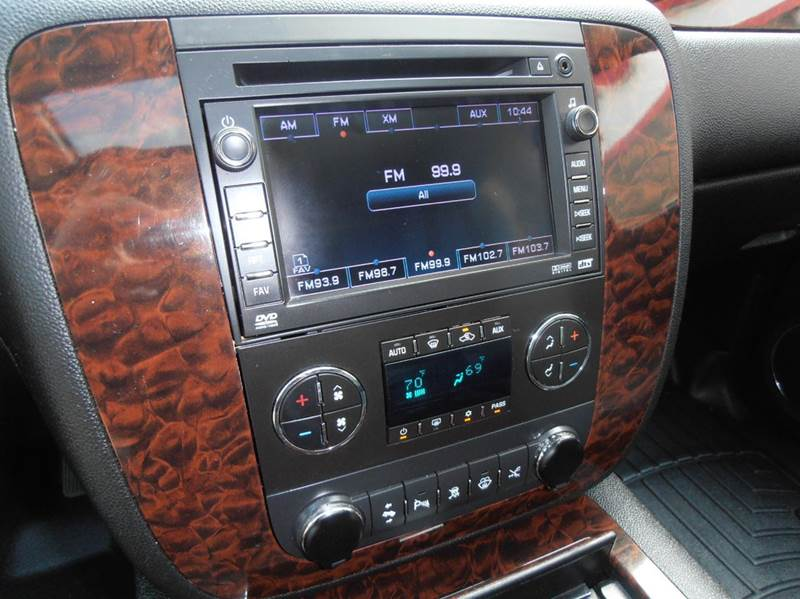 2008 GMC Yukon AWD Denali 4dr SUV - Mason City IA