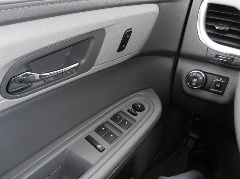 2015 Chevrolet Traverse AWD LT 4dr SUV w/2LT - Mason City IA