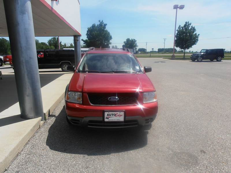 2005 Ford Freestyle SE 4dr Wagon - Mason City IA