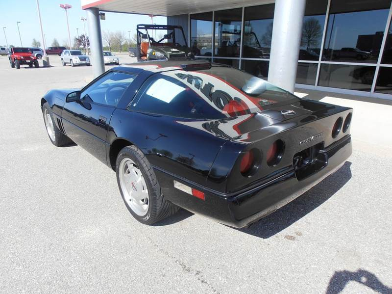 1989 Chevrolet Corvette Base 2dr Hatchback - Mason City IA