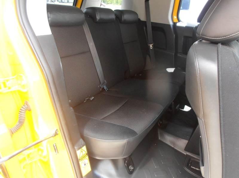 2007 Toyota FJ Cruiser 4dr SUV 4WD (4L V6 5A) - Mason City IA