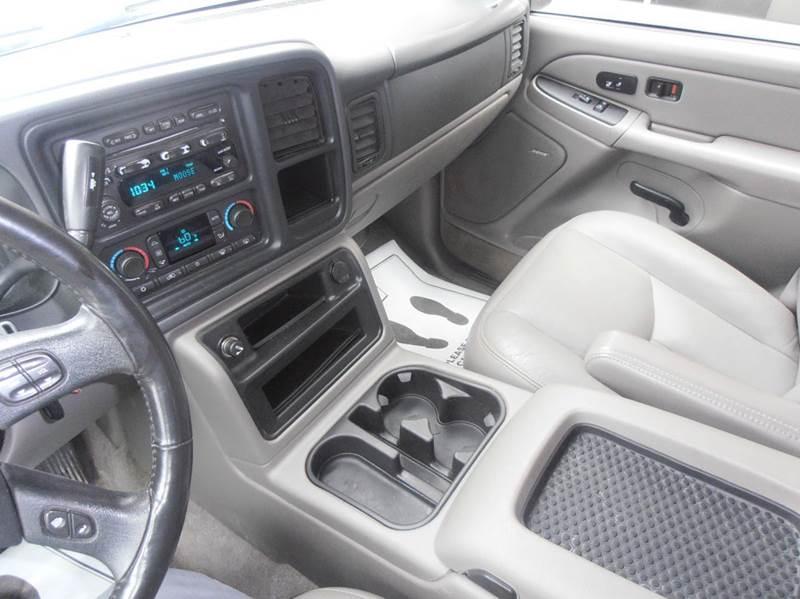 2004 Chevrolet Tahoe LT 4WD 4dr SUV - Mason City IA