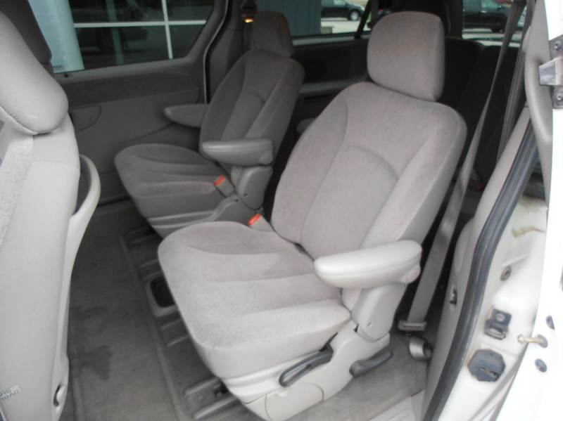 2001 Chrysler Town and Country EX 4dr Extended Mini-Van - Mason City IA