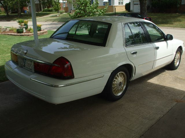 1999 Mercury Marquis