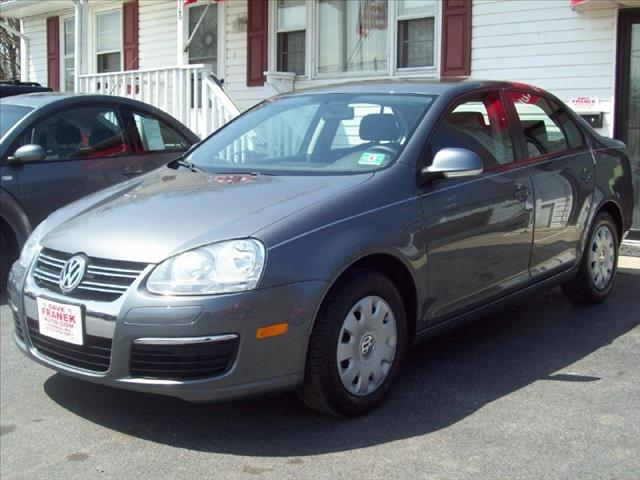 2006 Volkswagen Jetta 2.5  MANUAL PZEV - Wantage NJ